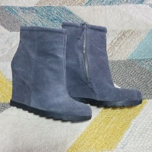 Nine West Grey Suede Wedge Bootie Boots 7.5